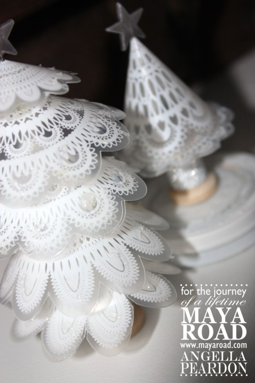Maya Road xmas tree 067